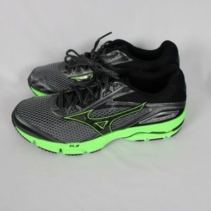 Mizuno Mens WAVE LEGEND 4 Training Running Shoes